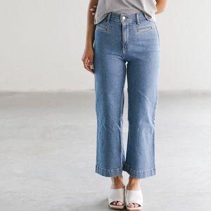 Levi's   Ribcage Wide Leg Crop Jeans 28
